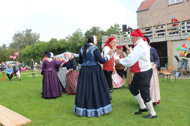 landsbydag-kage-kon-og-fest-12-9-15-074