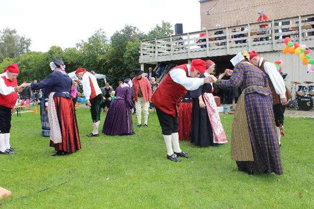 landsbydag-kage-kon-og-fest-12-9-15-077