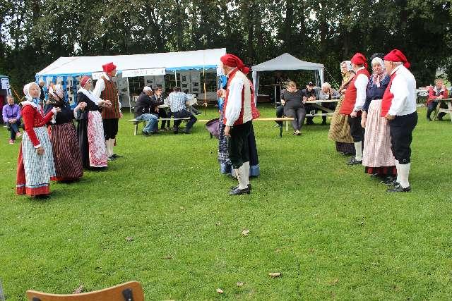 landsbydag-kage-kon-og-fest-12-9-15-081