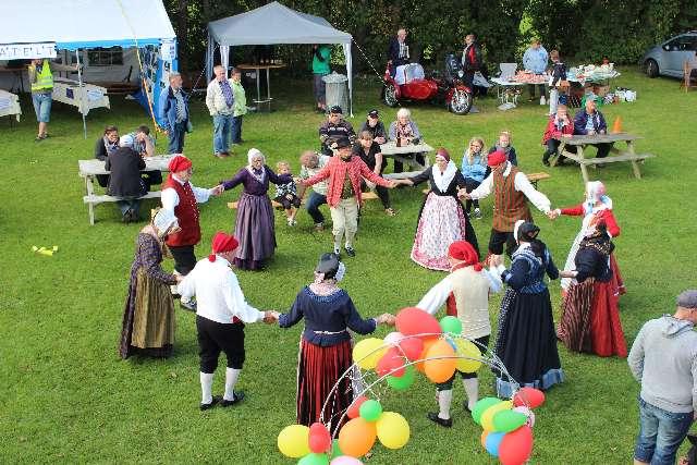 landsbydag-kage-kon-og-fest-12-9-15-082